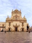Piazzetta e chiesa di San Pietro