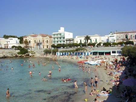 Foto spiaggia immagine santa maria al bagno for Bagno 8 rivabella